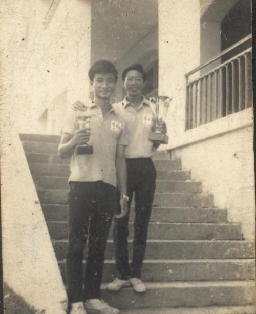 7-Vo dich bong ban Dai hoc Duoc khoa 1968