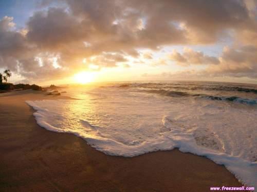 4aa347bb_sóng xô bờ cát